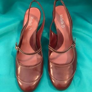 Michelle D round/closed toe shoes good condition